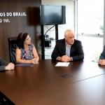 SINDILEI/RS reúne-se com Presidente da OAB/RS